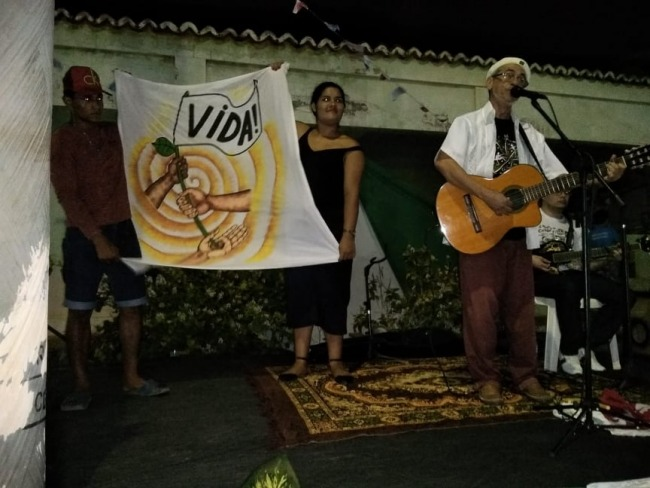 FESTA DE SANTA LUZIA EM REDONDA DE ICAPUÍ RECEBE O PROFETA DA ESPERANÇA