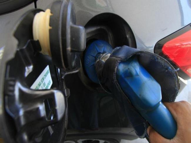 Medida que beneficia americanos em importação de etanol gera atrito