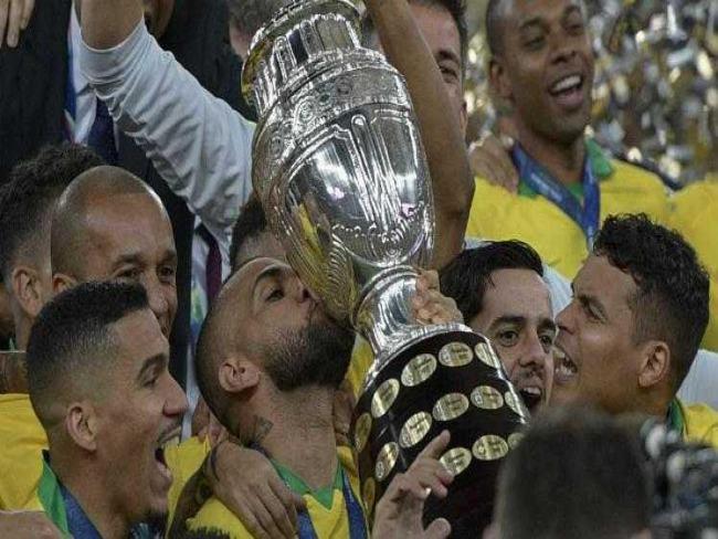 Brasil encara o Peru com clima de revanche em amistoso