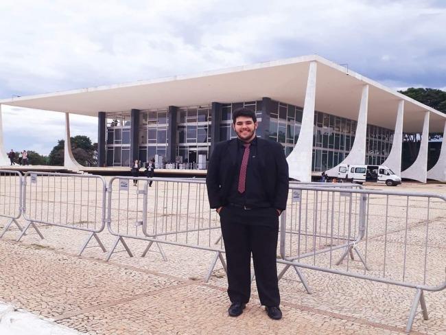 Goioerense Fabio Plaza vai participar de estágio no Superior Tribunal de Justiça