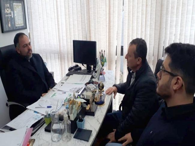 Prefeito Pedro Coelho se reuniu com o deputado Artagão Júnior para discutir o projeto do Cense
