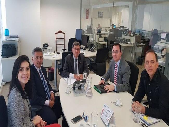 Vice-reitor Evandro Alberto participa de reuniões em Brasília em busca de investimentos e convênios para UESPI