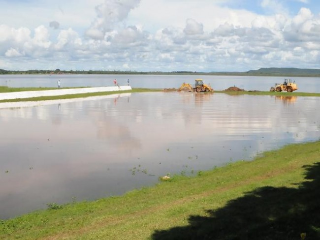 Governador Wellington Dias autoriza recuperação de três barragens no Piauí