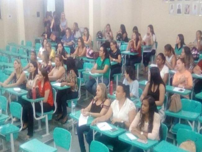SaúdeCONSCIENTIZAÇÃOSecretaria de Saúde de Picos realiza reunião para discutir a importância dos registros de vacinação