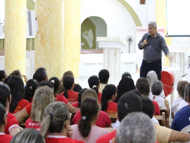 Padre Fábio Abreu apresenta sua nova experiência do Dízimo à Forania do Vale do Piancó