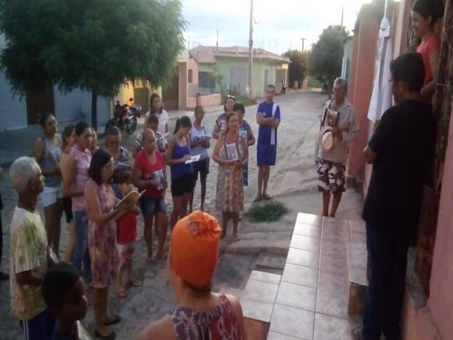 Comunidades Missionárias celebram a Via Sacra em Piancó