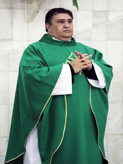 Padre José Ronaldo (Pároco)