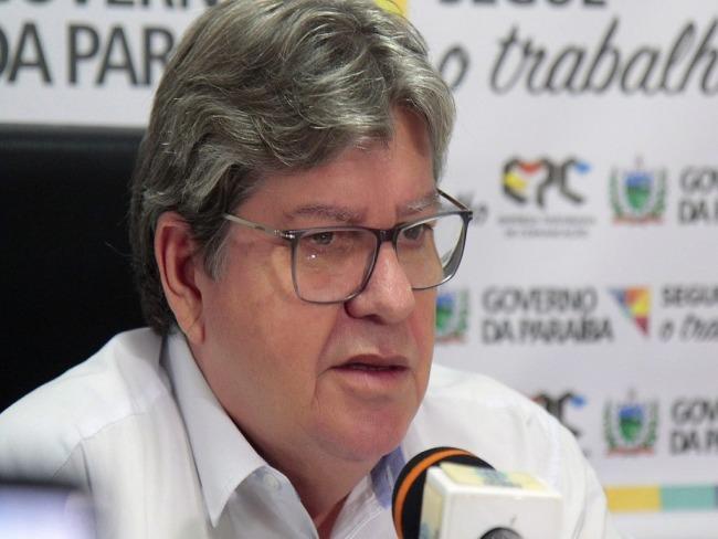 Governador da Paraíba cancela aulas da rede estadual e privada em prevenção ao Coronavírus