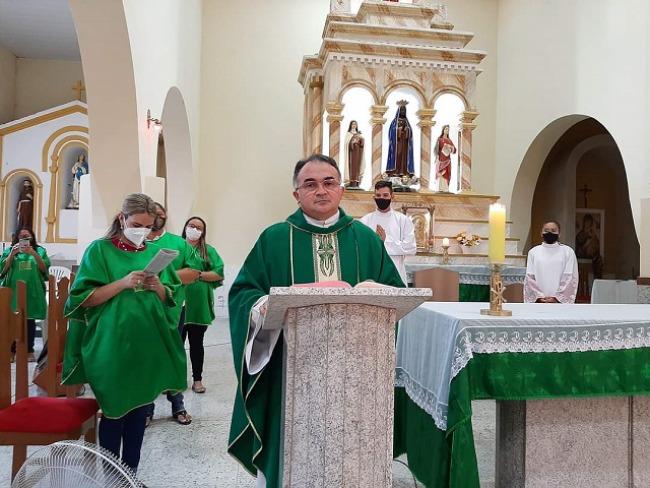 Aparecida: Paróquia Nossa Senhora da Conceição Aparecida anuncia o retorno das missas presenciais.