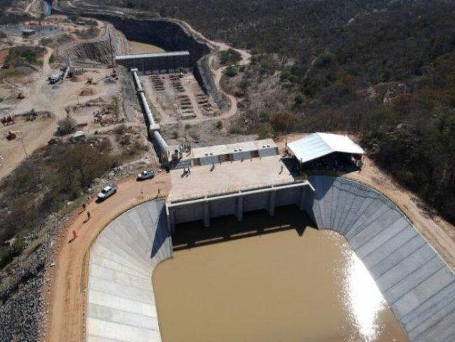 Águas do rio São Francisco já abastecem o último reservatório antes de entrar no Ceará